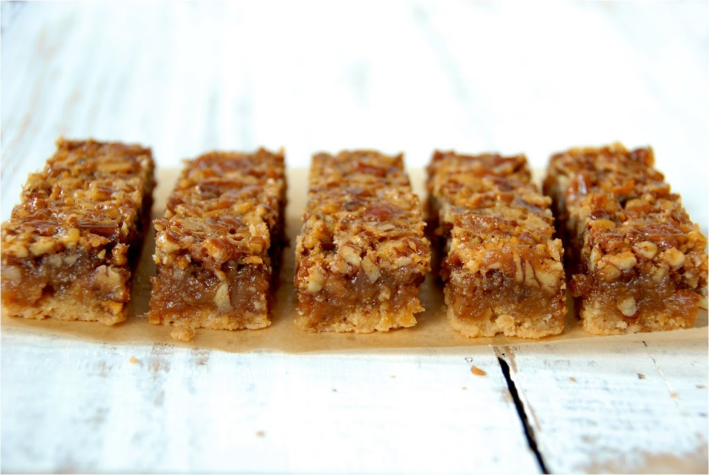 Pecan Pie Bars {& a BIG Announcement}