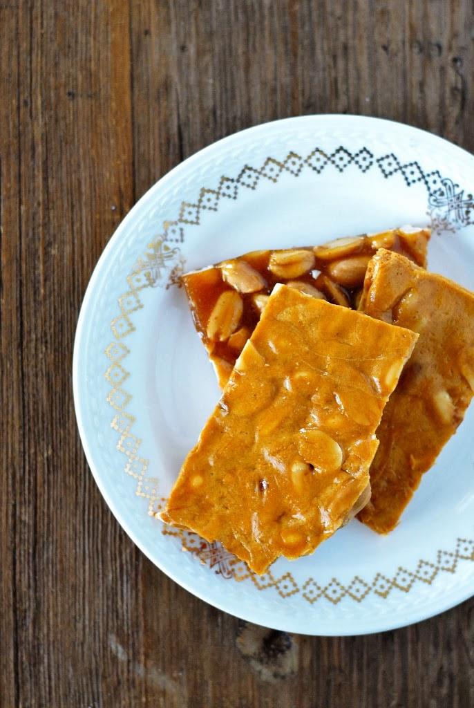 peanut brittle | kumquatblog.com @kumquatblog recipe