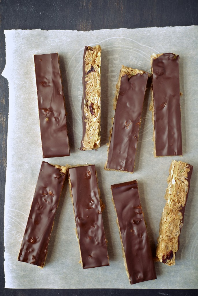 chocolate peanut butter graham crunch snack bars | kumquat