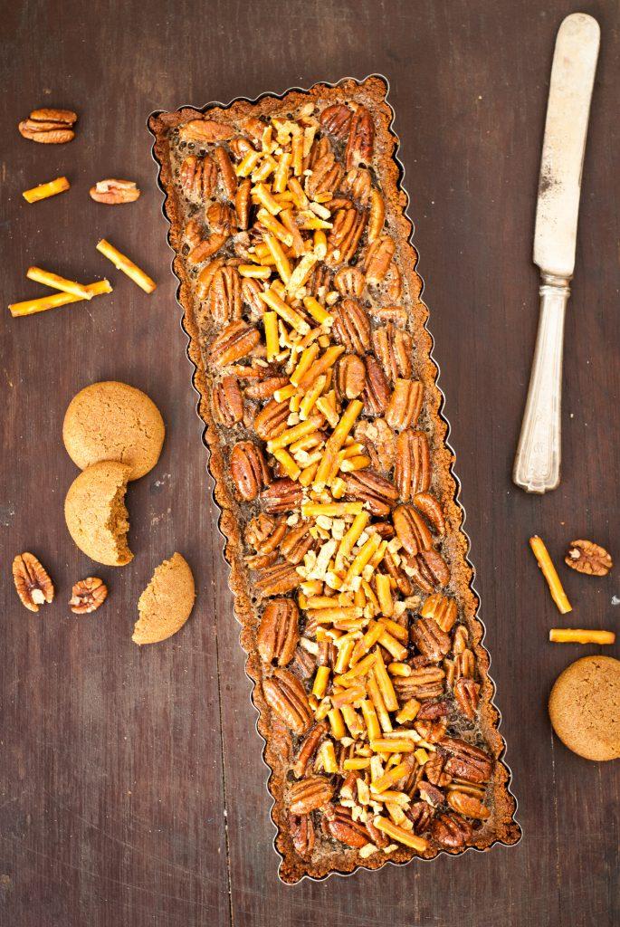 gluten-free snickerdoodle pecan pretzel tart | kumquatblog.com @kumquatblog recipe
