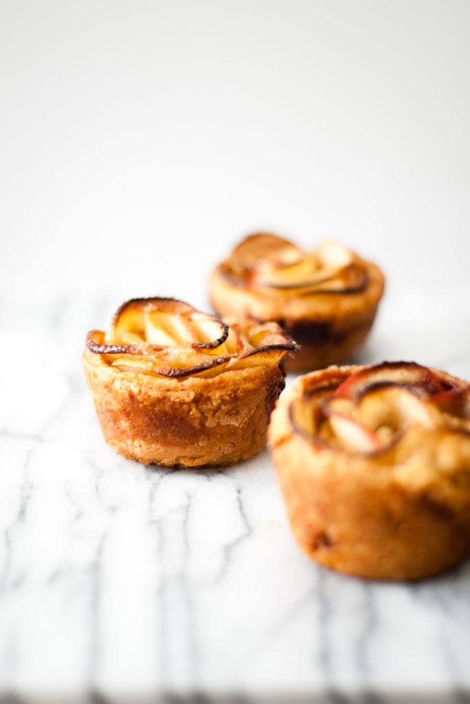 gluten-free apple rose tarts | kumquatblog.com @kumquatblog recipe
