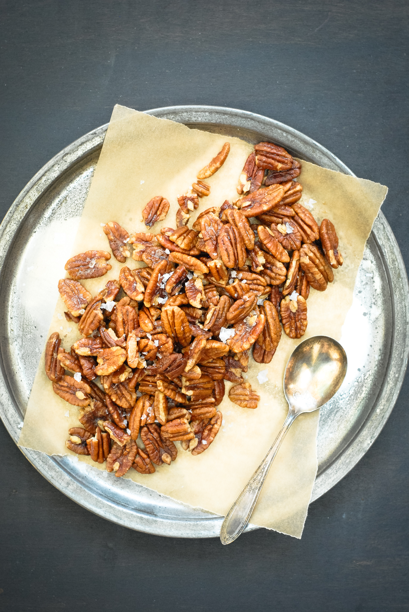 Warm Cinnamon Buttered Pecans
