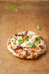 grilled gluten-free barbecue chicken pizzas | kumquatblog.com @kumquatblog recipe