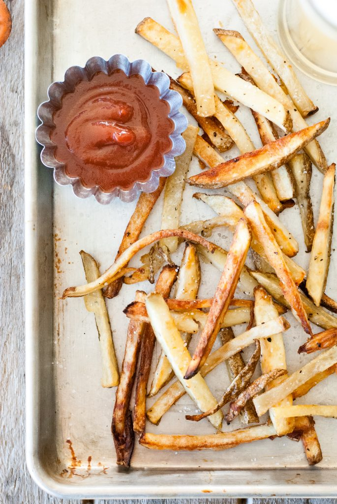 Garlic and Onion Baked Potato Fries | kumquatblog.com @kumquatblog recipe
