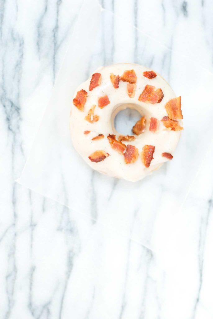 {gluten-free} whiskey bacon donuts | kumquatblog.com @kumquatblog