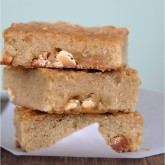 something magical happens when you combine lime and white chocolate.... you have to try these white chocolate & lime blondies.