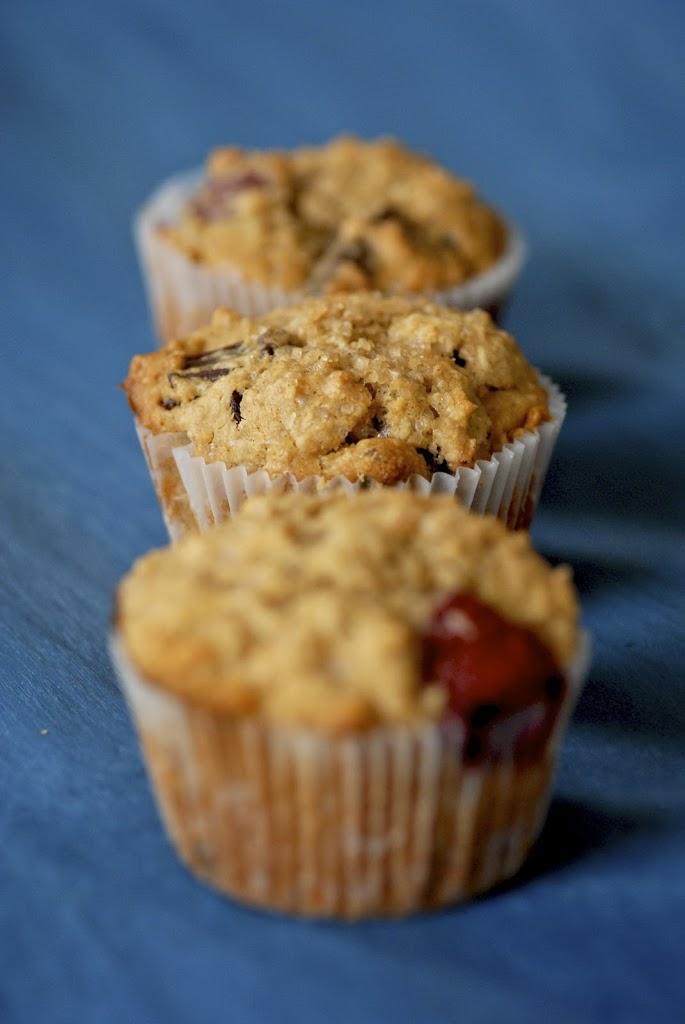 choco-raspberry-oat-muffins-1
