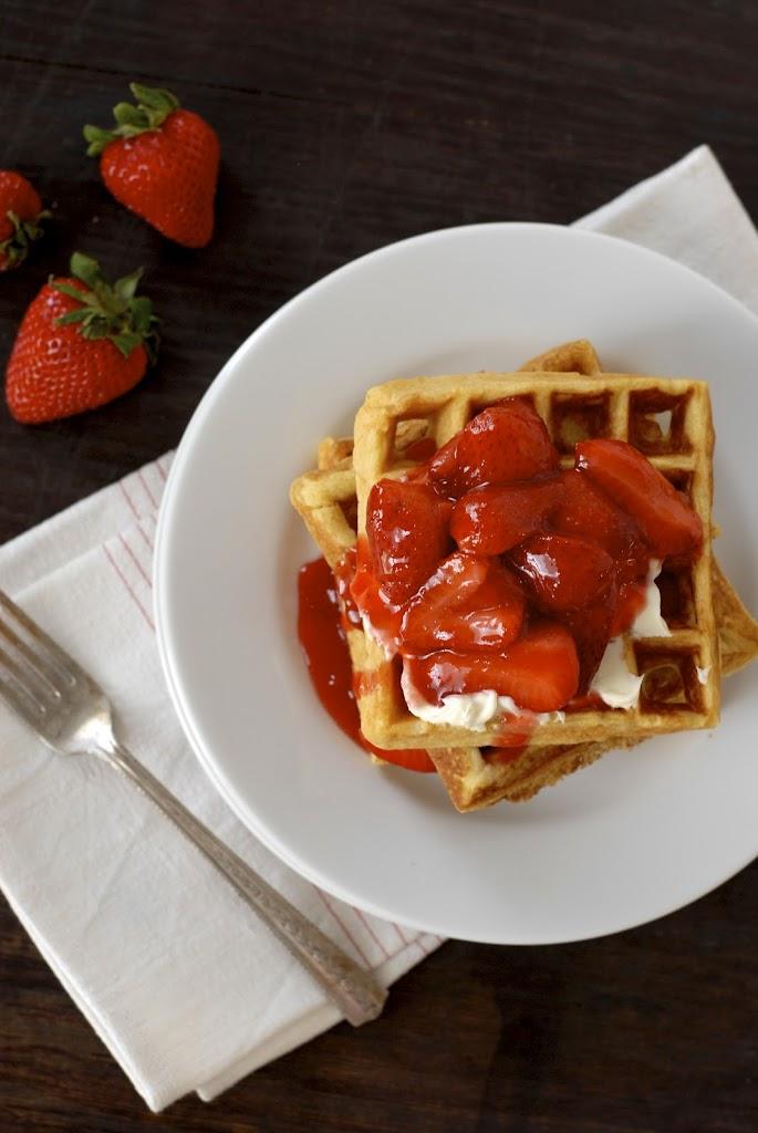 Gluten-Free Frito Waffles with Mascarpone and Warm Strawberry Compote | kumquatblog.com @kumquatblog recipe