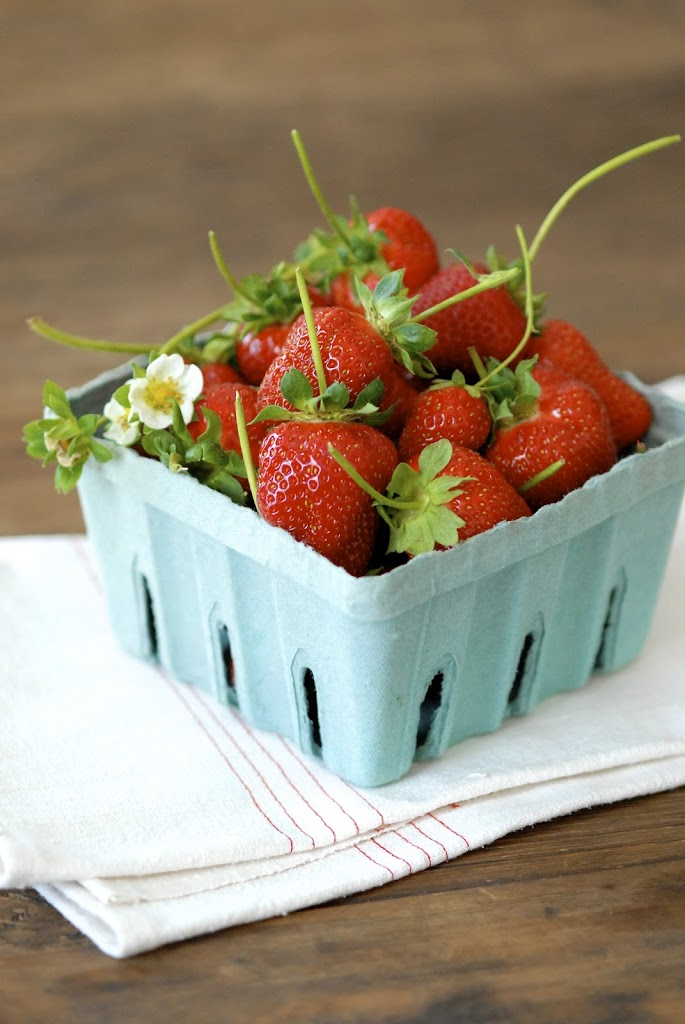 strawberry-coconut-ice-cream-1