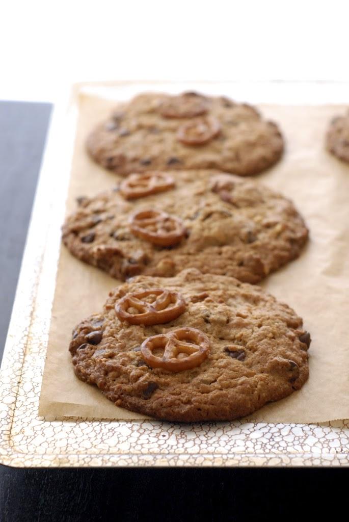 pb-pretzel-cookies-1-25281-2529