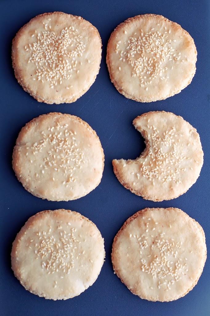 Gluten-Free Marzipan-Benne Seed Cookies | kumquatblog.com @kumquatblog recipe