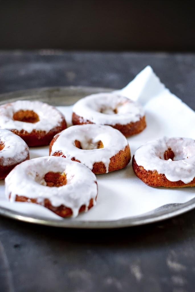 Grain-Free Honey-Soaked Pistachio Donuts | kumquatblog.com @kumquatblog recipe
