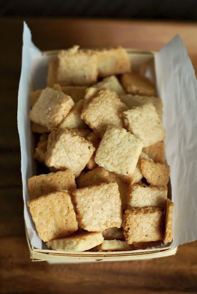 parm-pepper-crackers-2