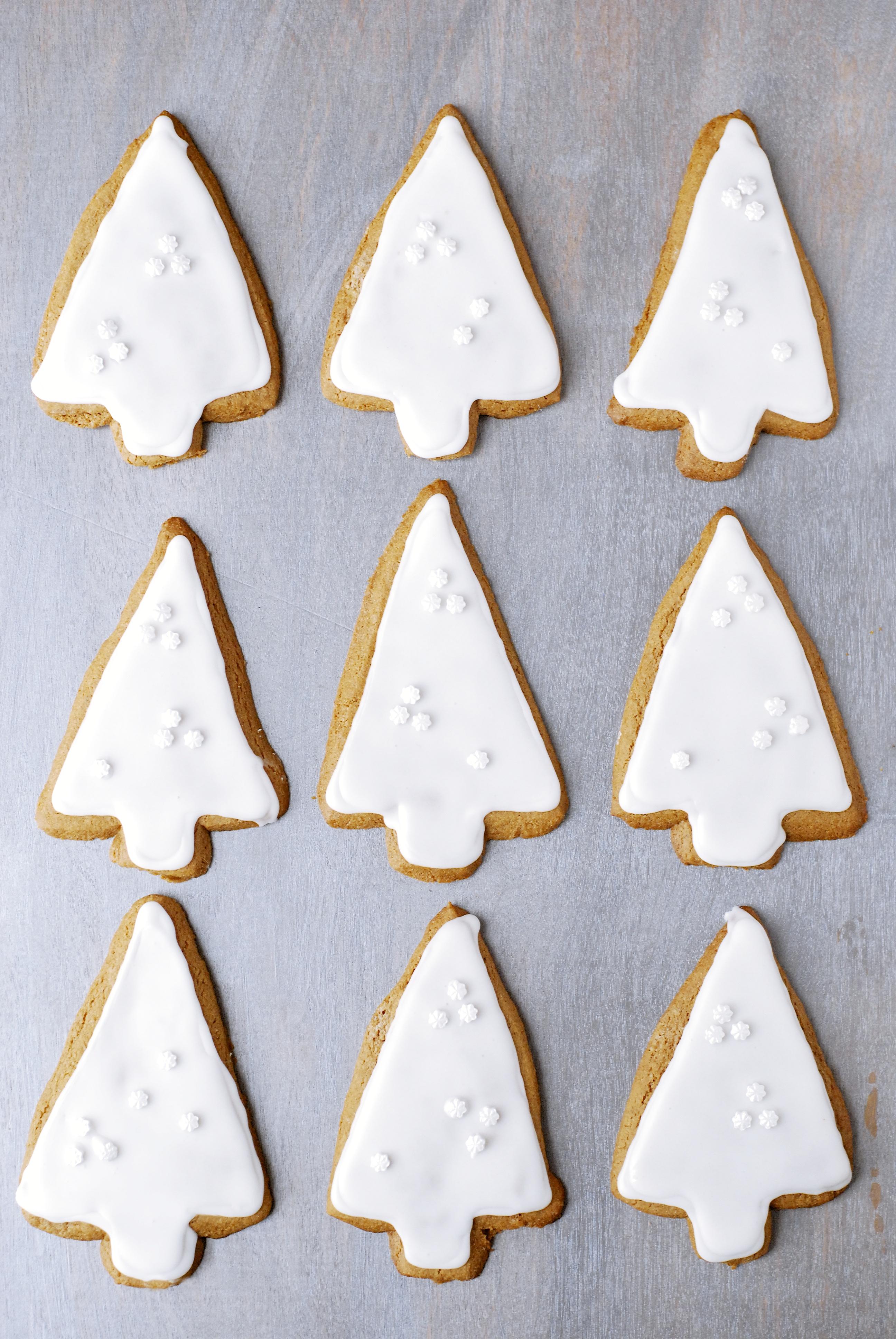 Iced Gingerbread Cookies | kumquat | gluten-free recipes