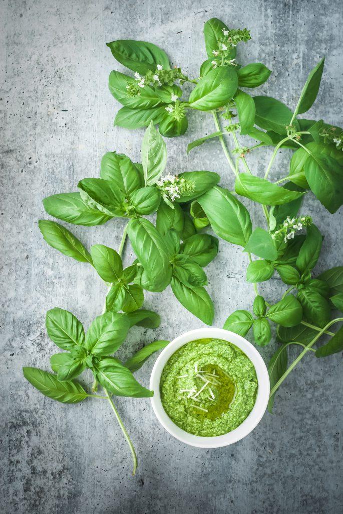 Classic Pesto | kumquatblog.com @kumquatblog recipe