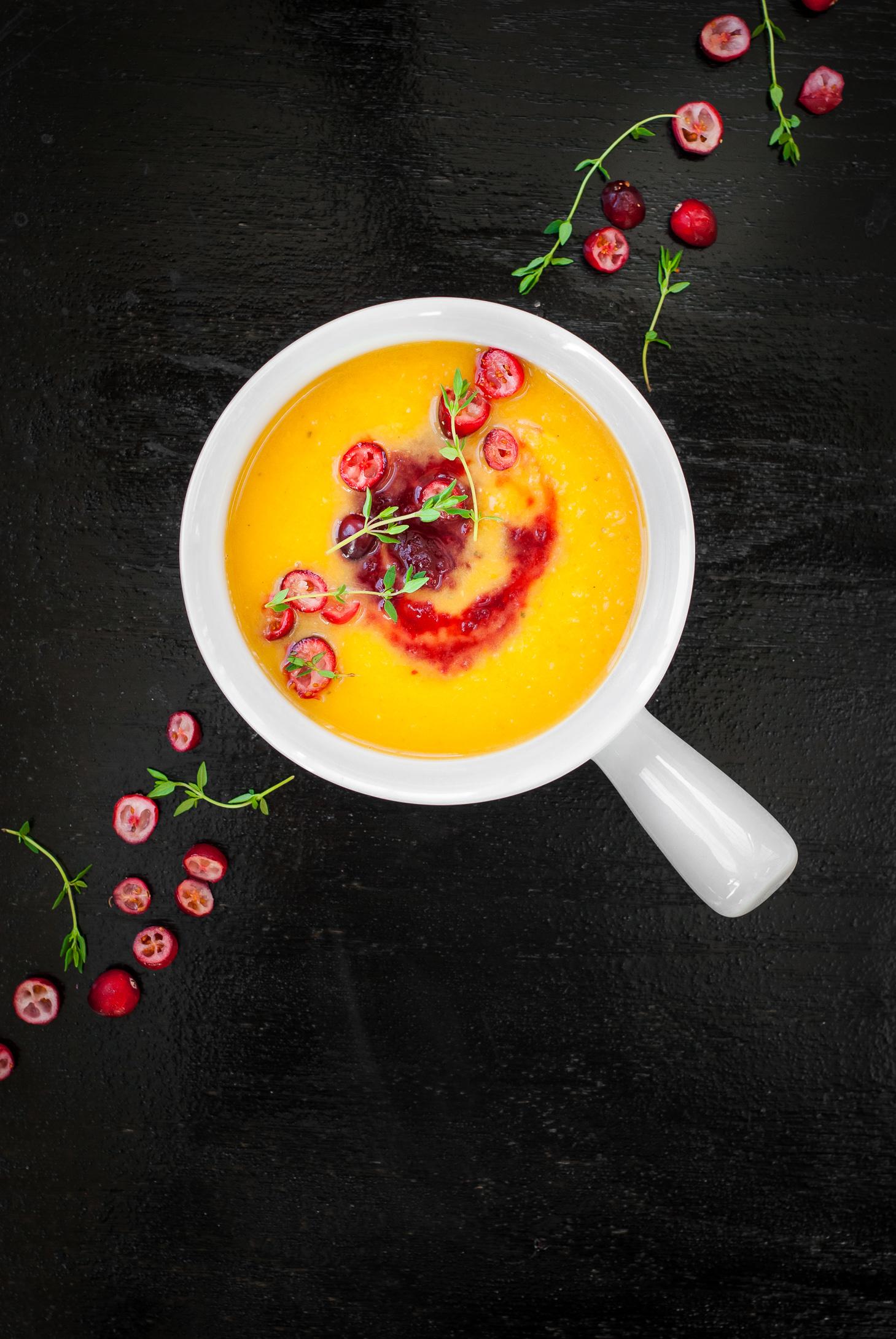 Butternut Squash Soup with Cranberry Apple Swirl | kumquatblog.com @kumquatblog recipe