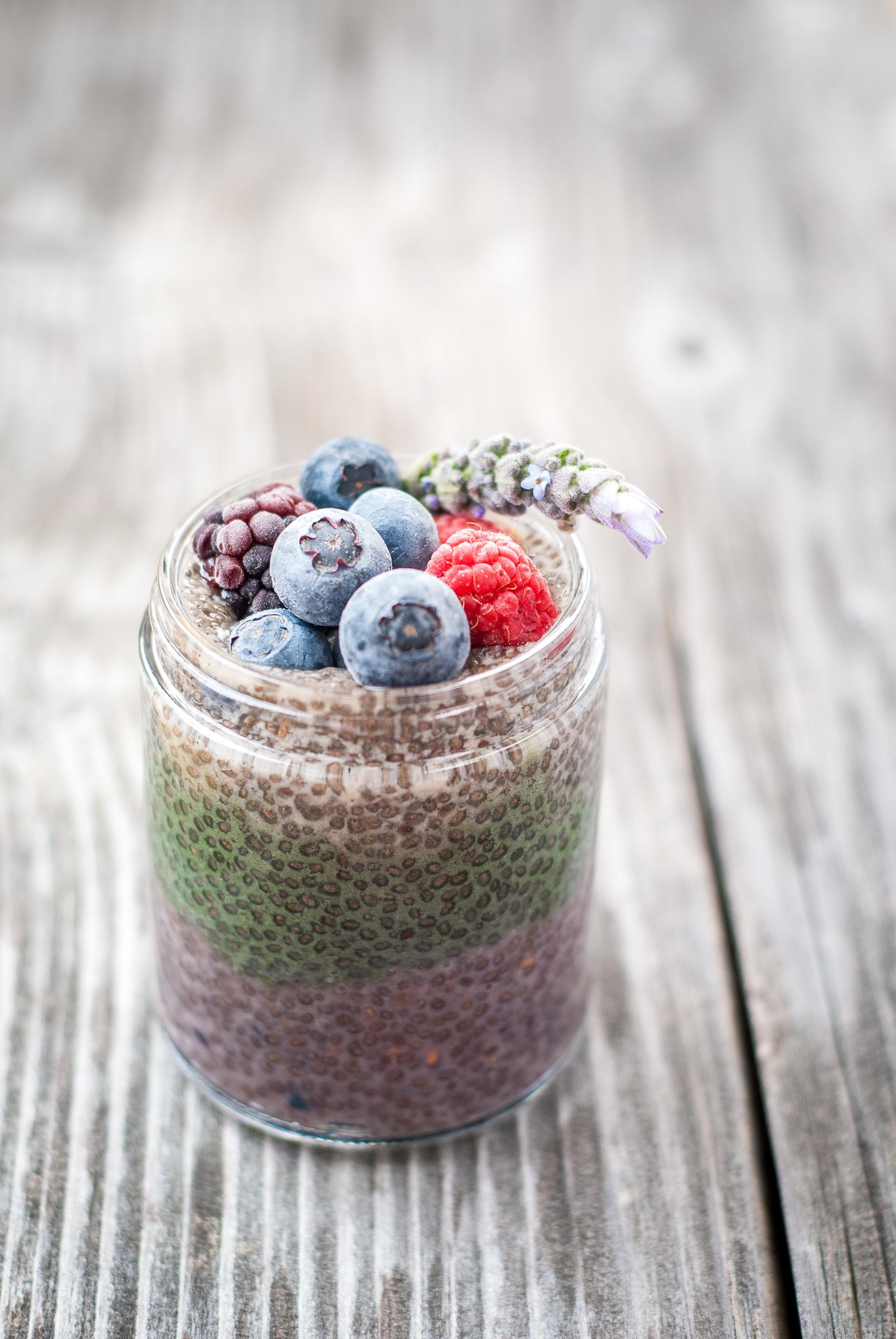 pretty berry chia puddings | kumquatblog.com @kumquatblog recipe