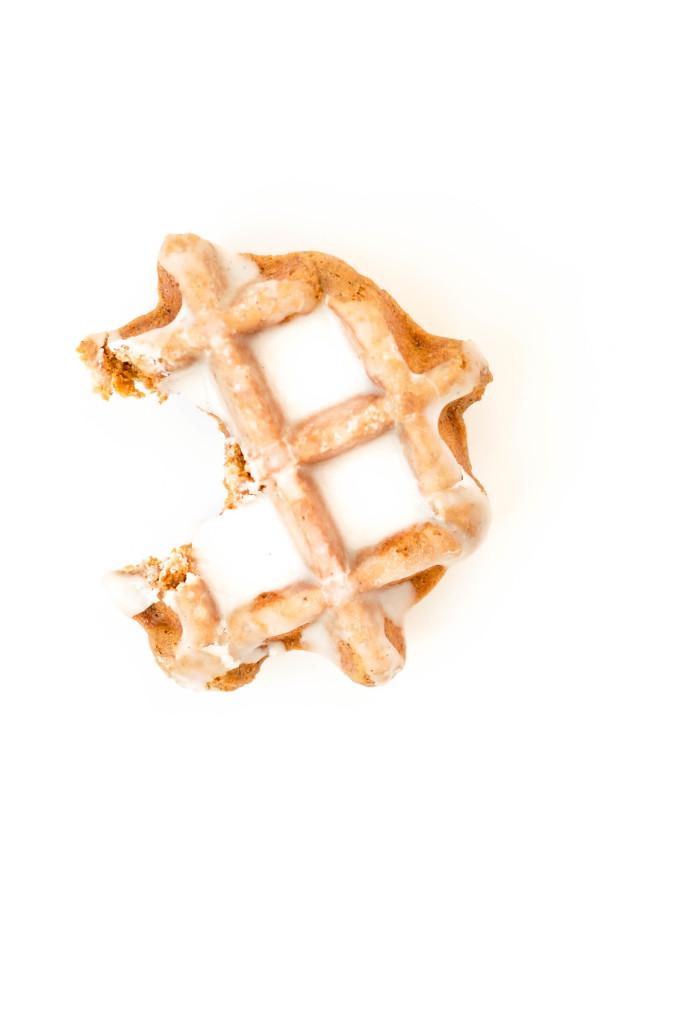 {gluten-free} gingerbread waffle donuts | kumquat