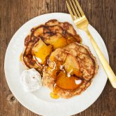 grain-free apple pie pancakes | kumquatblog.com @kumquatblog recipe