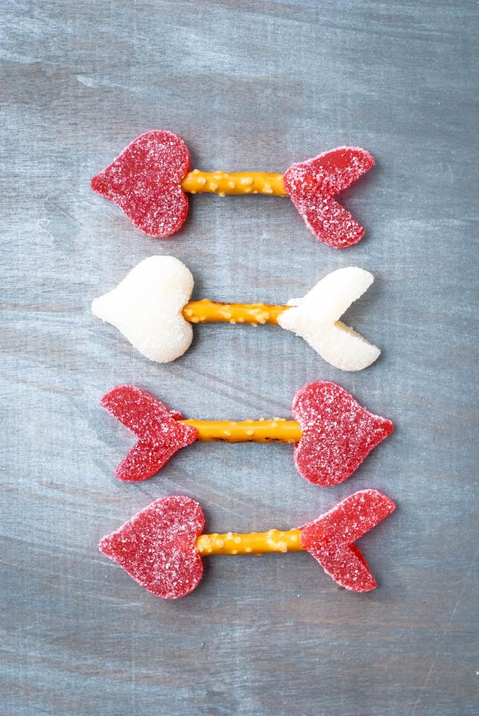 gummi pretzel arrows | kumquat