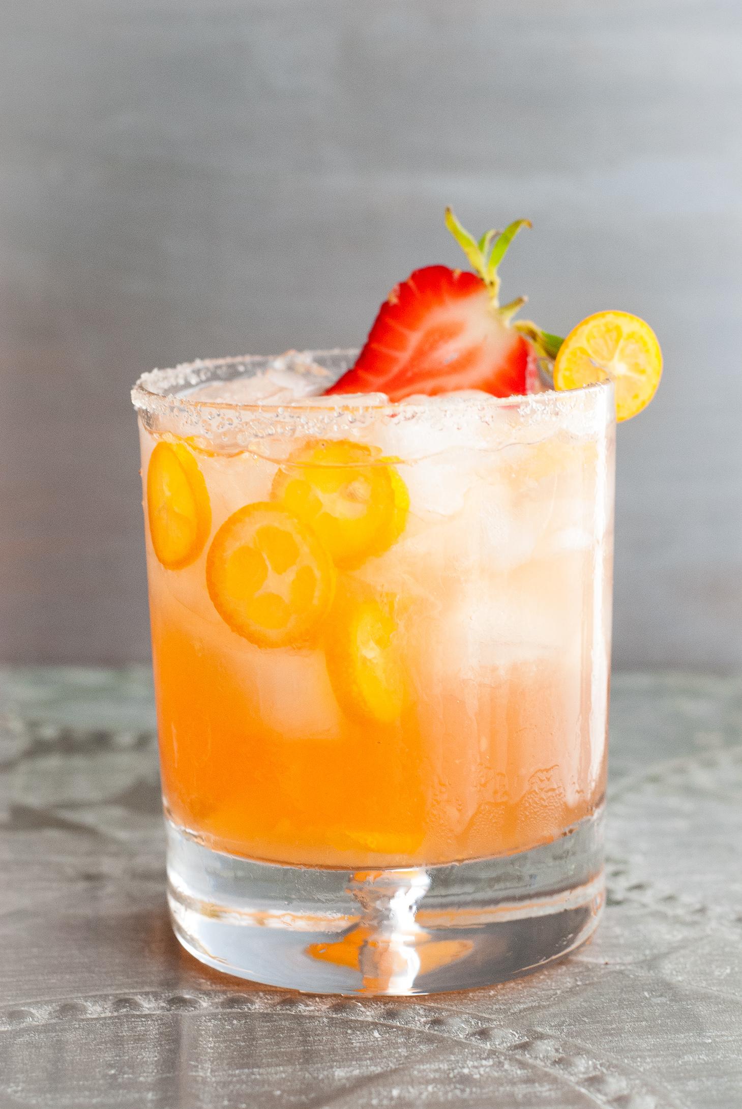 kumquat-strawberry margaritas | kumquatblog.com @kumquatblog recipe
