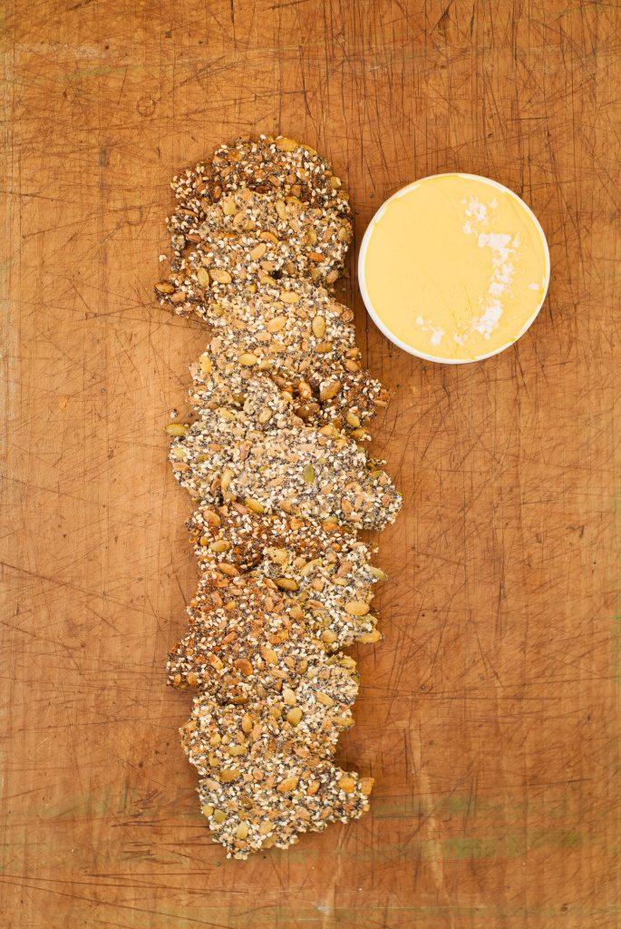 Grain-Free Nutty Seed Crackers | kumquatblog.com @kumquatblog recipe