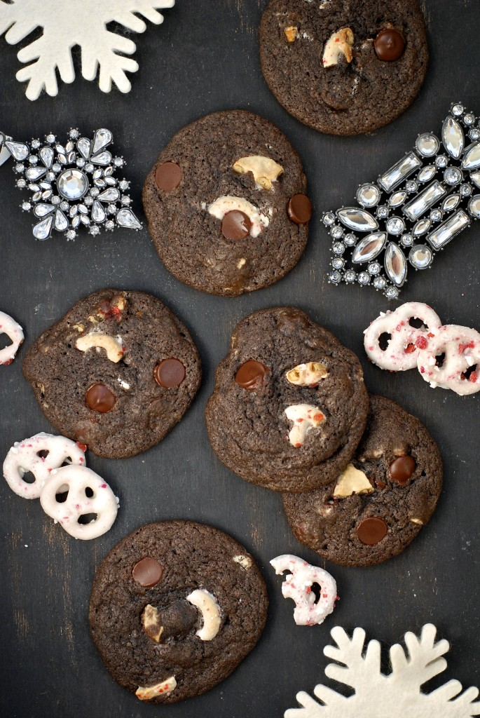{gluten-free} peppermint pretzel chocolate cookies | kumquat