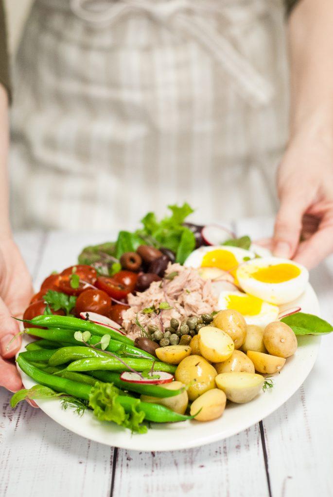 French Salad Niçoise with Lemon-Dill Dressing | kumquatblog.com @kumquatblog recipe