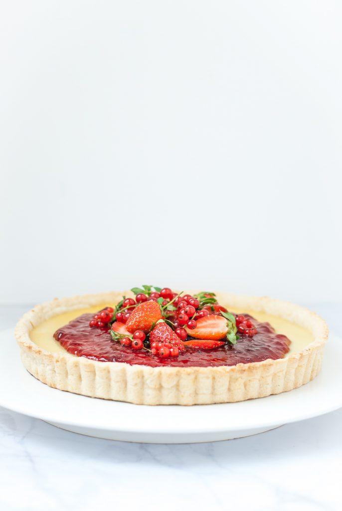 red currant and strawberry white chocolate tart with grain-free lemon crust | kumquatblog.com @kumquatblog recipe